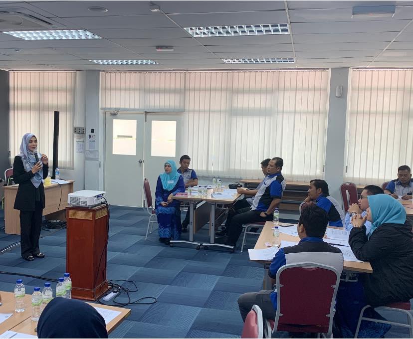 Perkhidmatan Pelanggan Profesional Johor Land