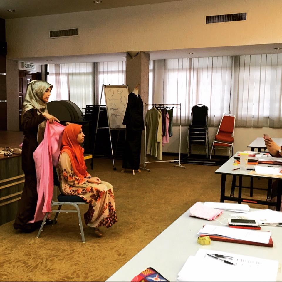 Kursus Transformasi Etiket & Penampilan Dalam Imej Profesional