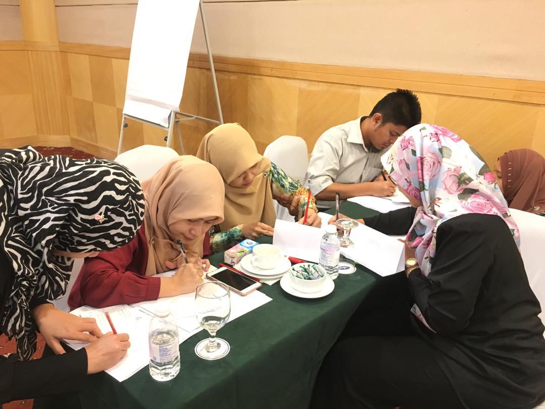 Kursus Penulisan Laporan Dan Kertas KPFMB