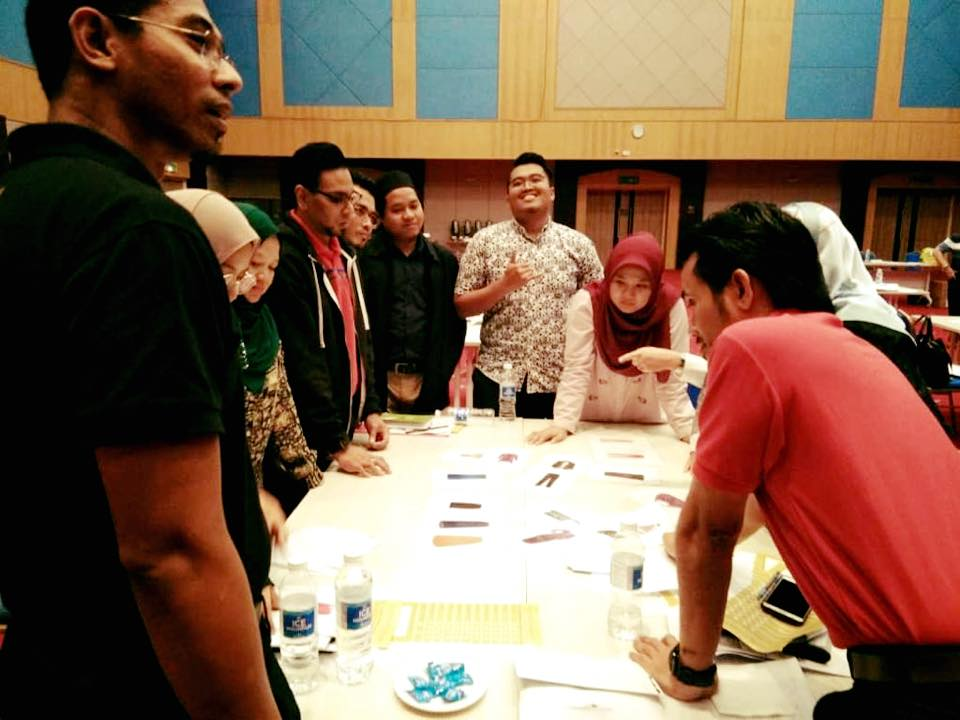 Kursus Corporate Grooming and Business Ethic