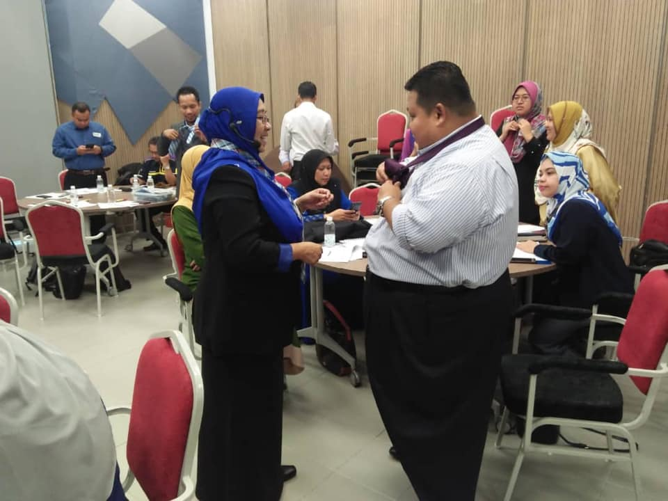 Kursus Protocol And Etiquette