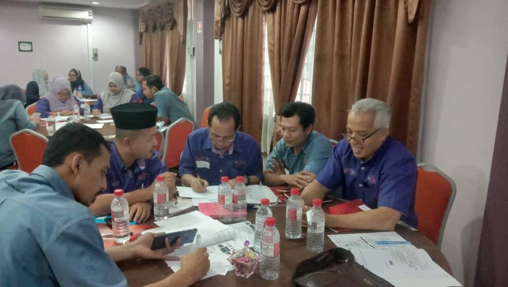 Kursus Protokol Dan Pengendalian Majlis