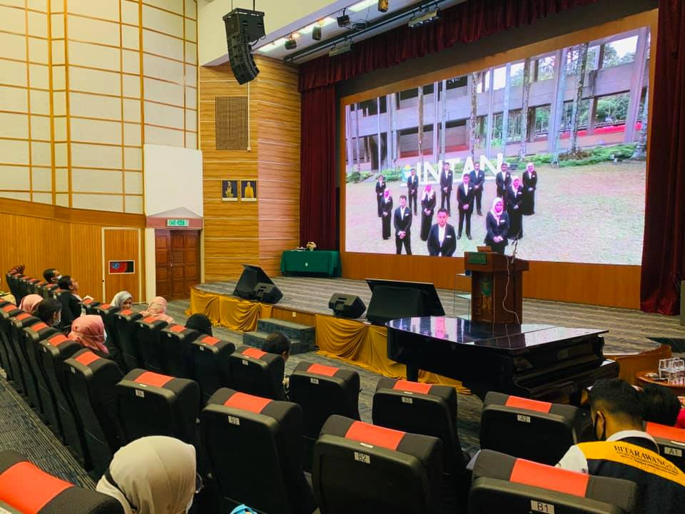 Kursus Penampilan, Peribadi dan Profesional Pegawai Tadbir Diplomatik