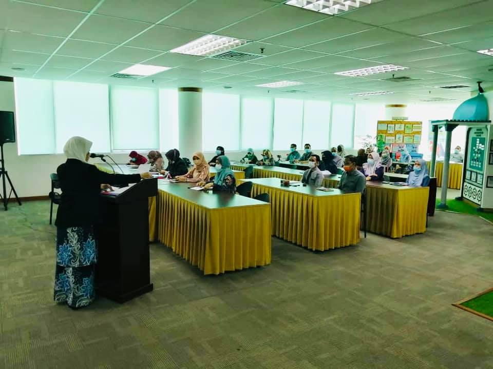 Kursus Imej Kelas Pertama Jabatan Pendaftaran Negara