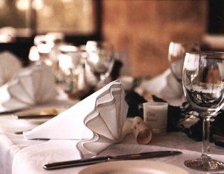 Kursus Etiket Majlis Jamuan, Adab Dan Tertib Di Meja Makan